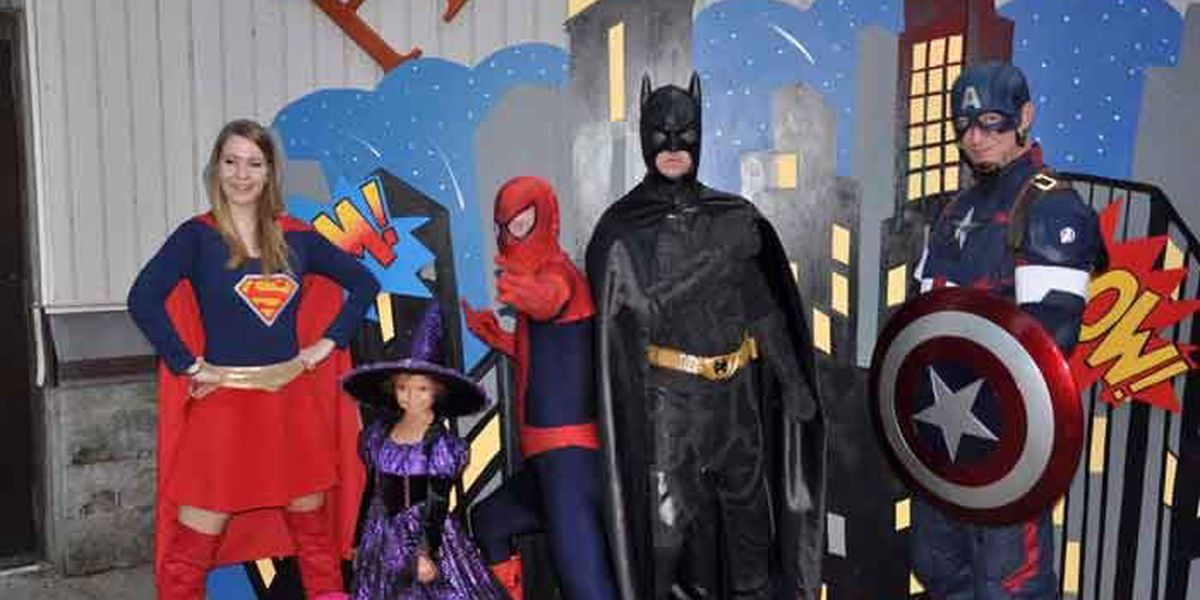 Louisville Zoo to host 'World's Largest Halloween Party'