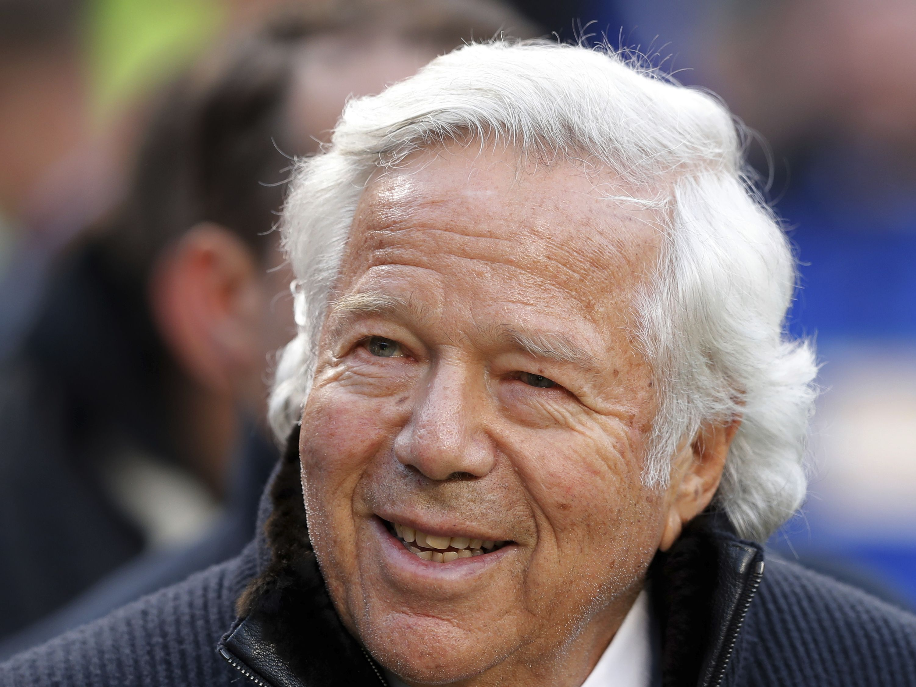Police: Patriots owner Robert Kraft to be charged with soliciting prostitute in Florida