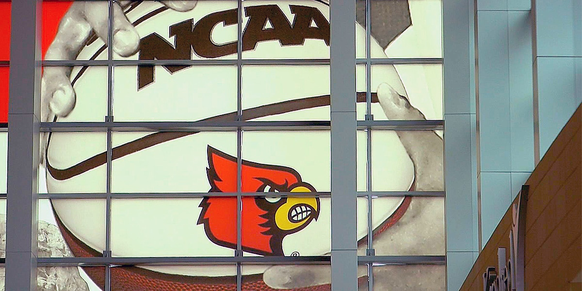 #16 Cards win 77-65 at Wake Forest, improve to to 4-0 in ACC