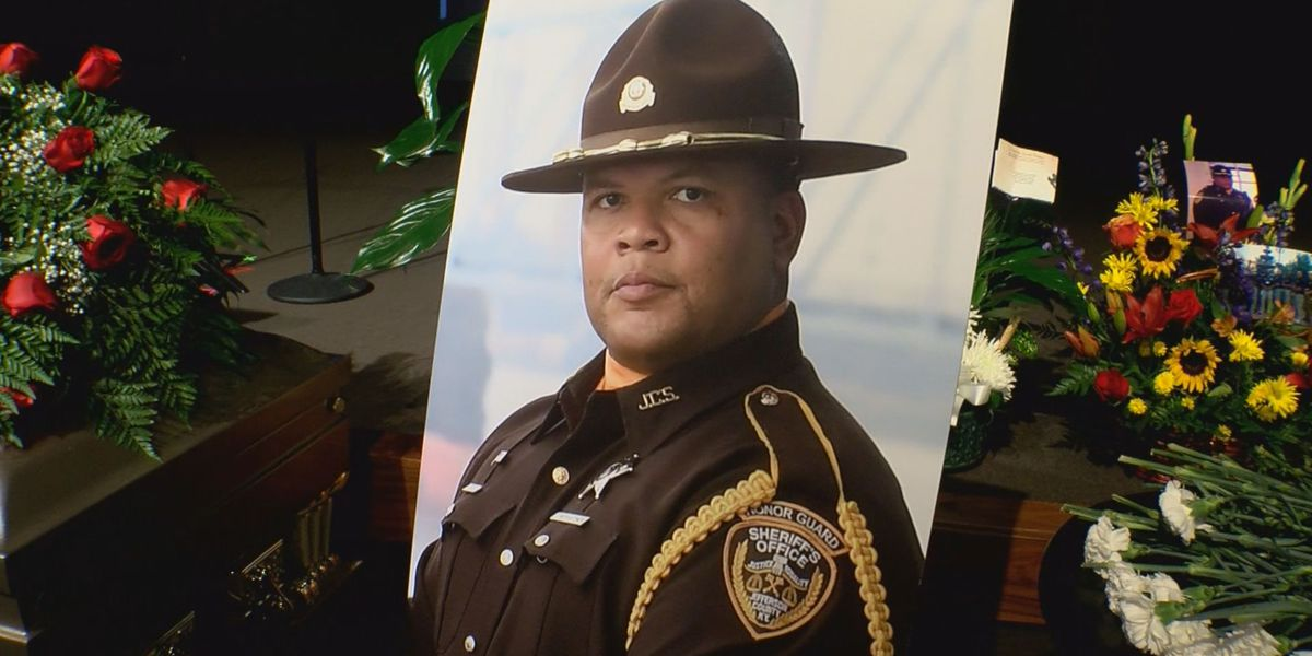 Beloved Seneca High School resource officer laid to rest