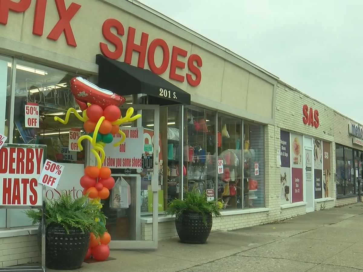Pix Shoes reopens to customers