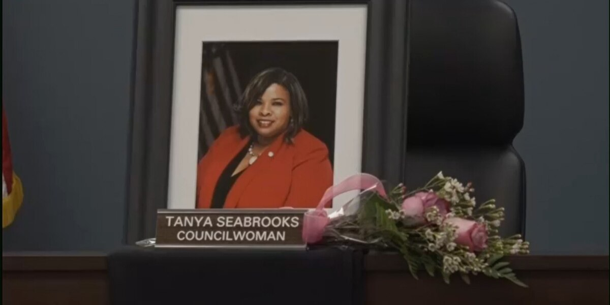Radcliff City Council honors Councilwoman Tanya Seabrooks in latest meeting