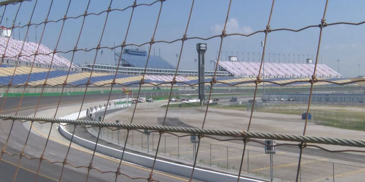 """Toyota to become the """"Official Vehicle of the Kentucky Speedway"""