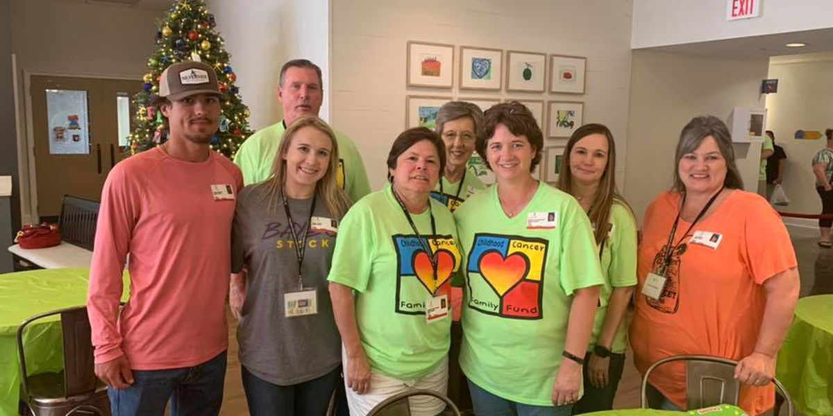 Group founded by retired Louisville detective delivers Christmas in July to cancer patients