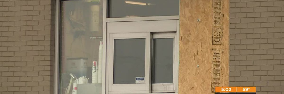 Police searching for person who fired shot through KFC drive thru window