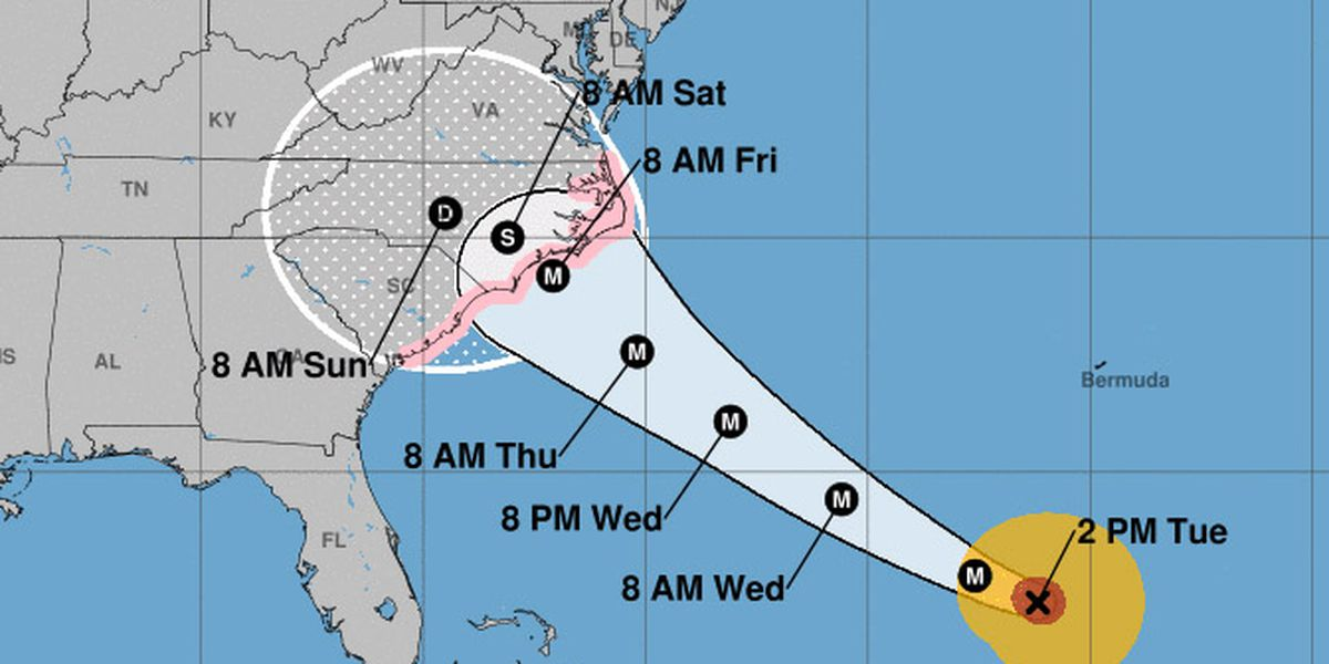 Strengthening Hurricane Florence eyes Carolinas, 1 million ordered to evacuate