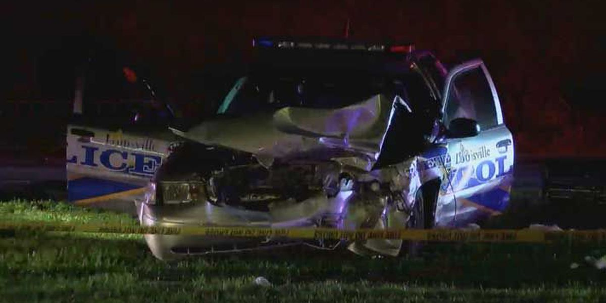 2 LMPD officers, 1 other injured in car crash on Dixie Highway