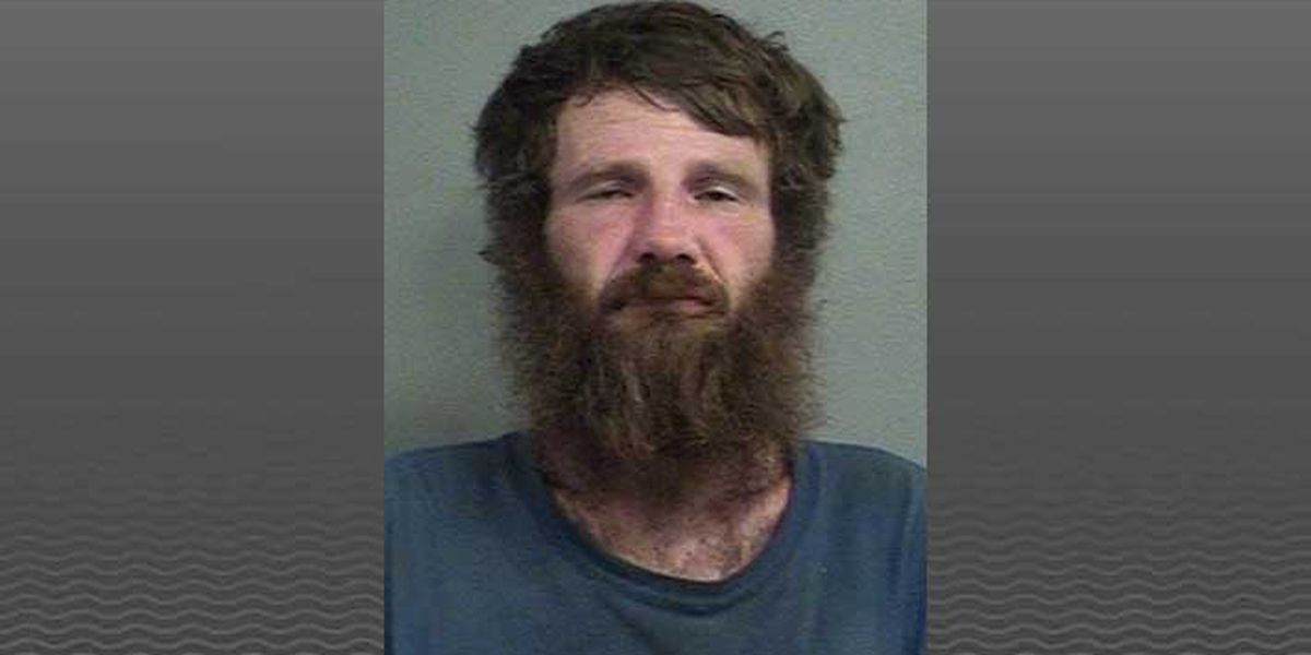 LMPD: Man swings 2x4 at victim during attempted robbery