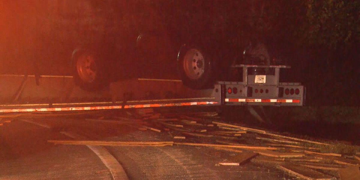 Lumber spilled on I-71 following rollover crash; Lanes shut down