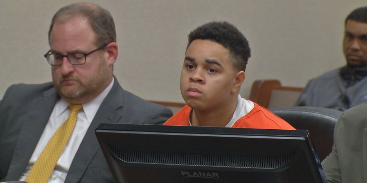 Man who pleaded to involvement in 3 murders as a teen wants shock probation