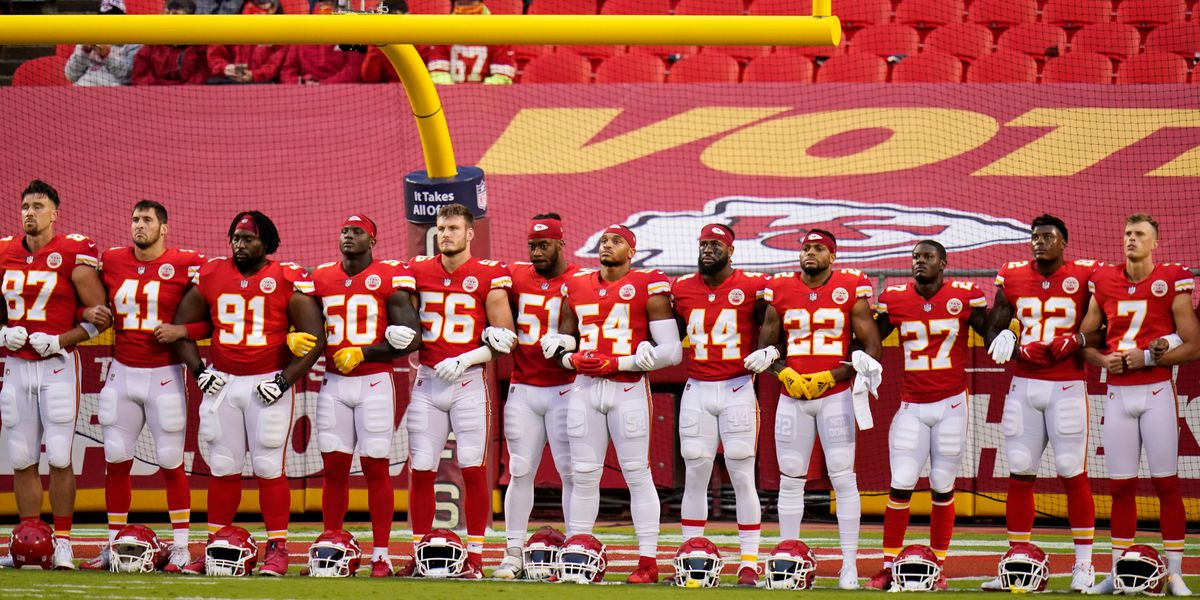 Kansas City Chiefs fans boo teams during display of unity against racism, social injustice
