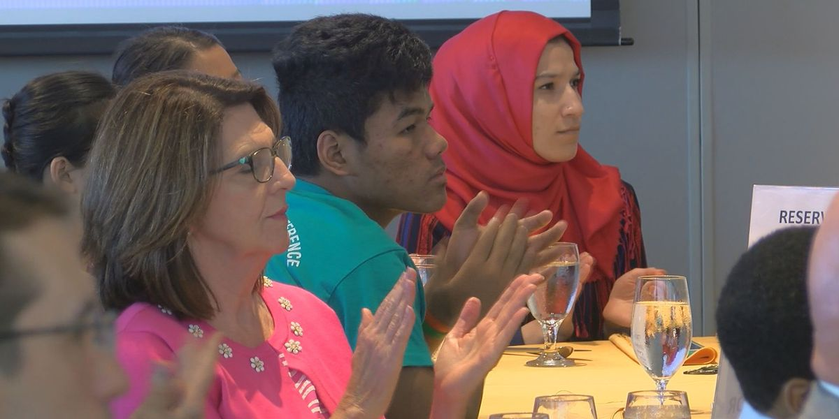 Rotary Club will help college students pay for expenses other than tuition