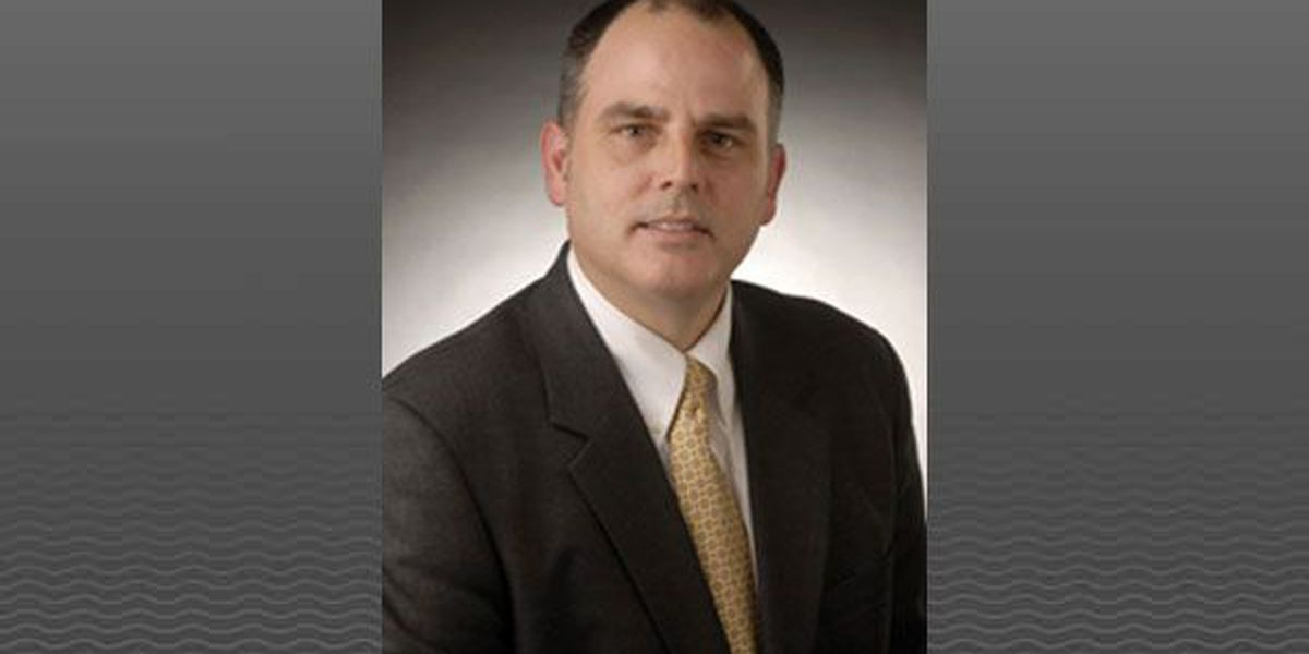 Report: New Albany-Floyd Co. superintendent poised to take Indianapolis job