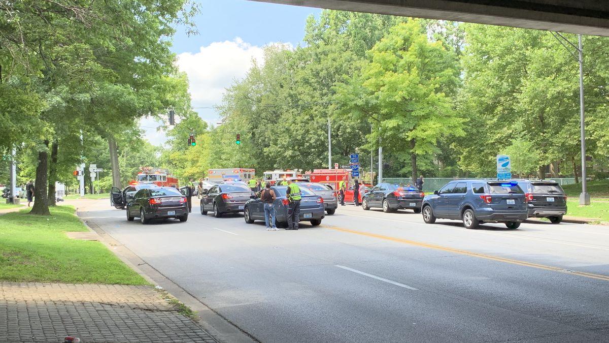 Officer, motorcyclist involved in crash in Beechmont neighborhood