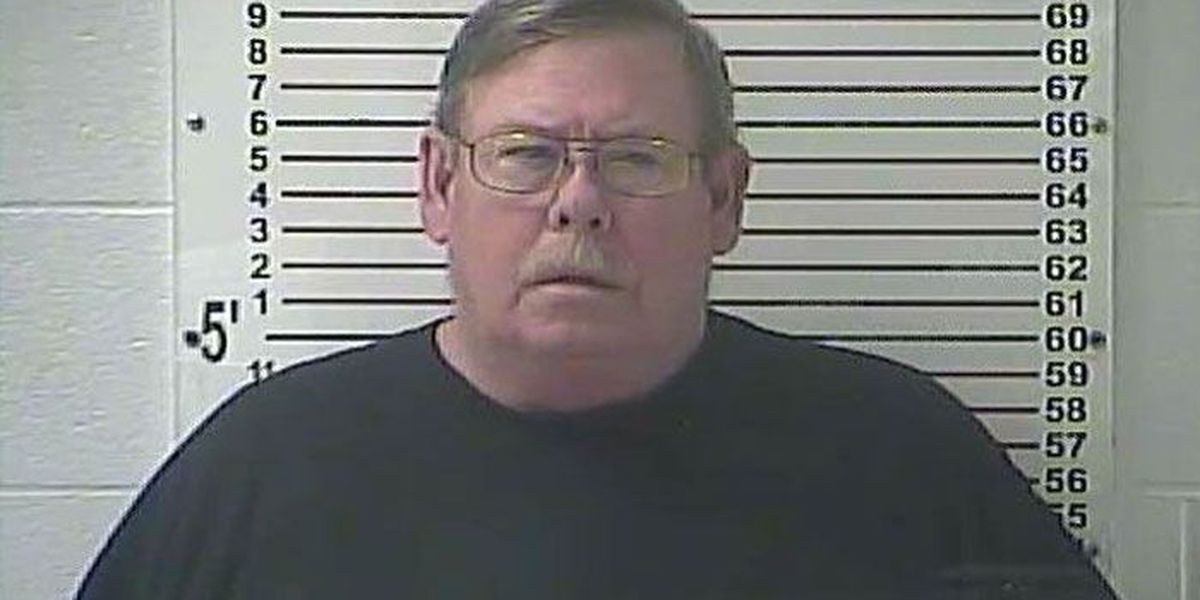 Radcliff man charged with raping 11-year-old