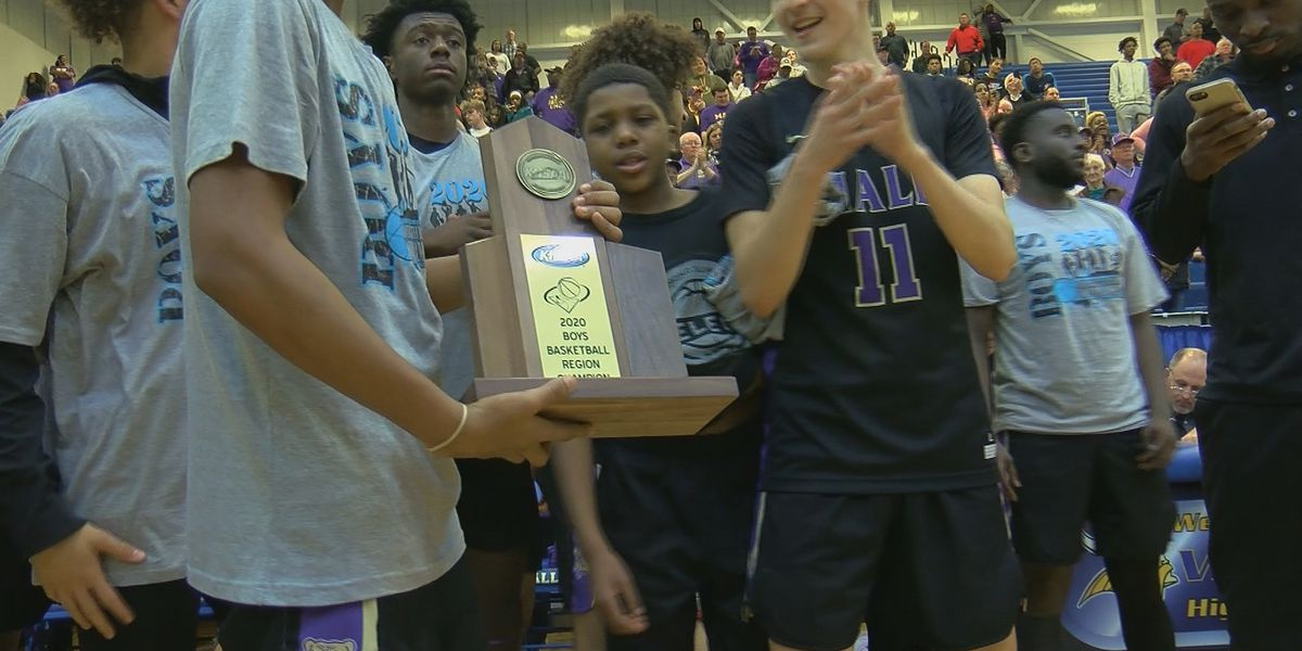 Male beats Ballard 71-61 for Seventh Region title
