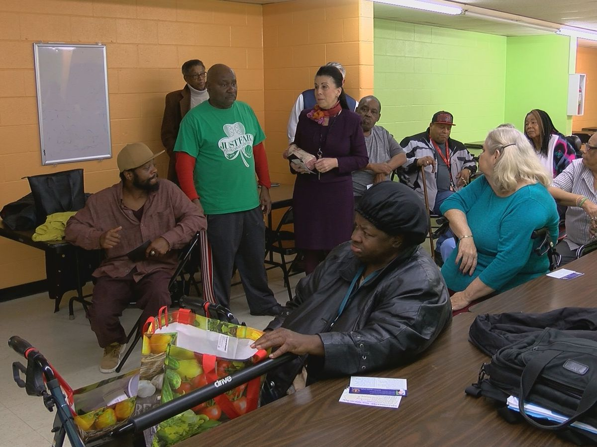 Councilwoman Sexton Smith, JBS distribute fresh food to seniors
