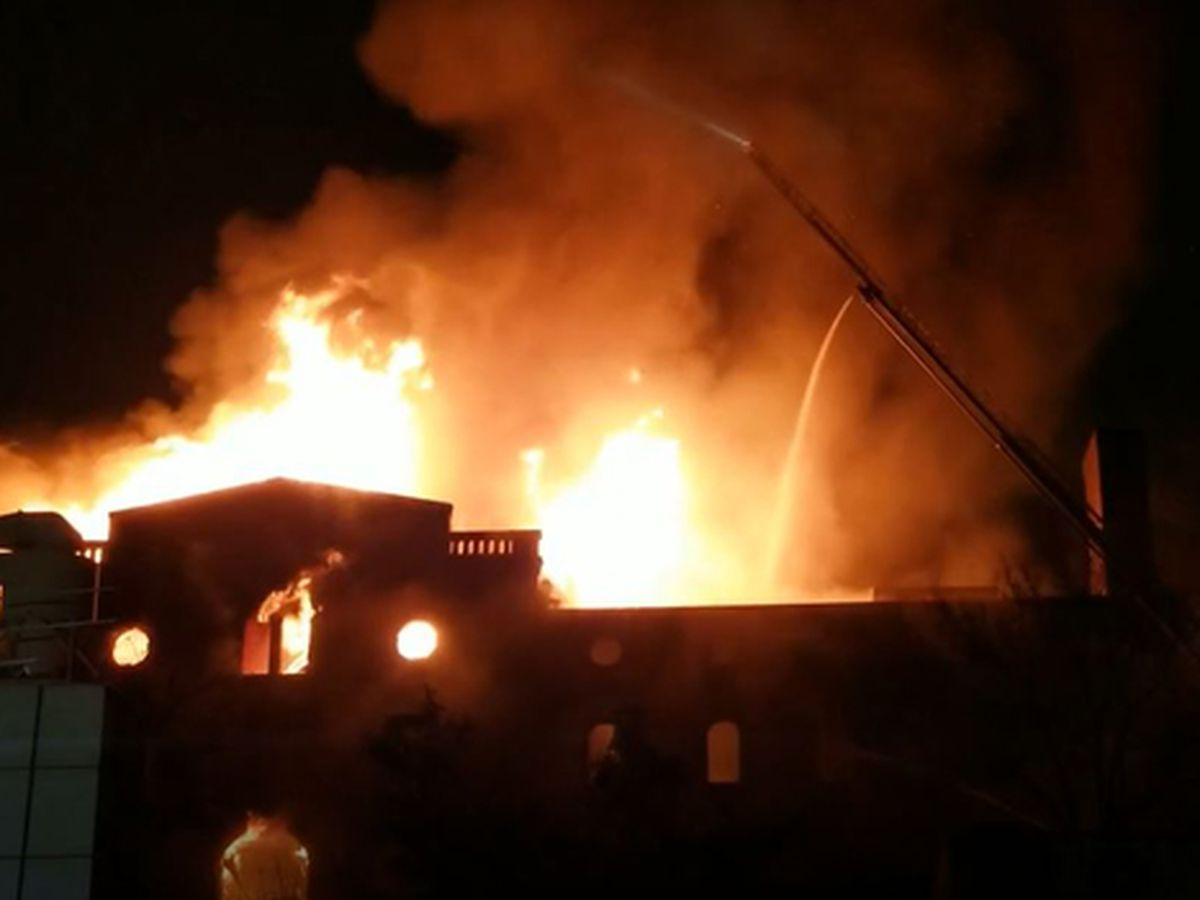 Historic Jackson Brewery warehouse caught on fire