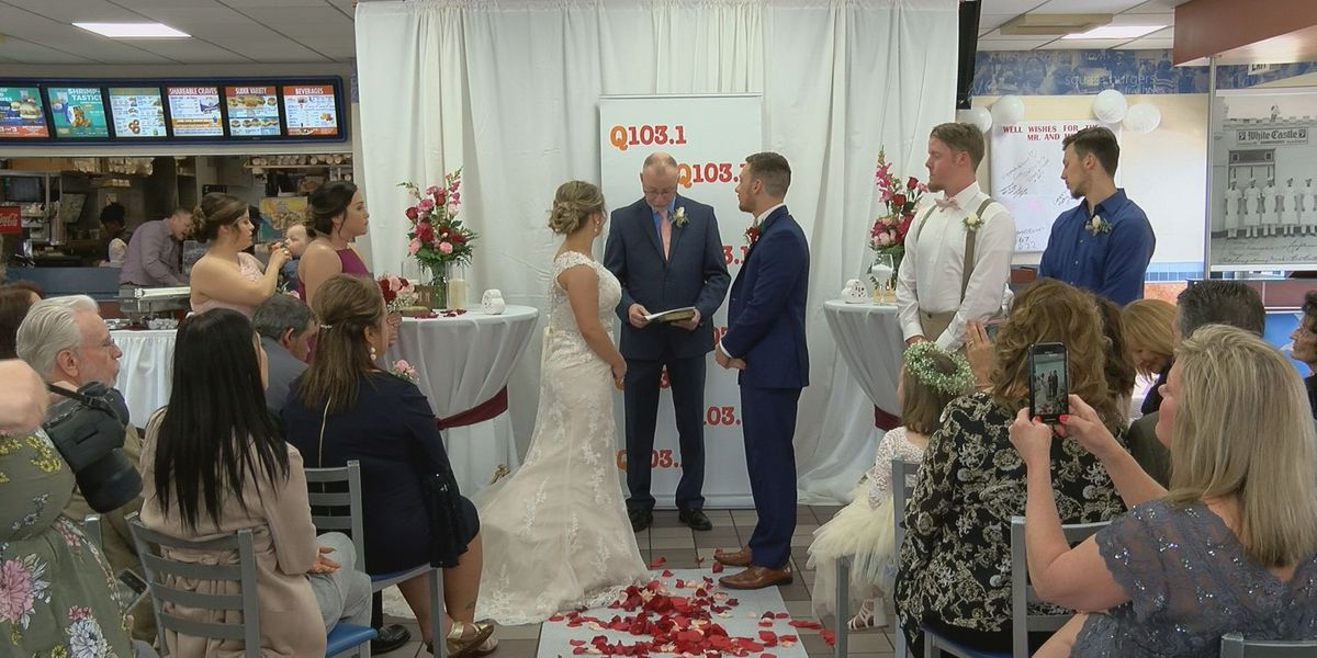 Louisville couple wins, weds at White Castle
