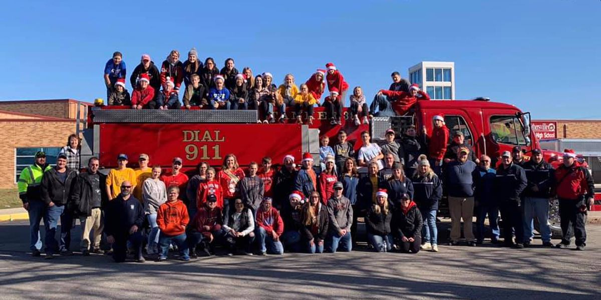 More than 19 tons of food delivered by Crothersville FFA during annual toy and food drive