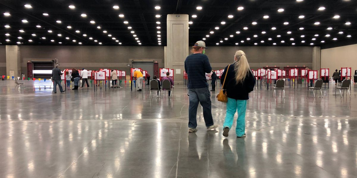 Voting going smoothly at Kentucky Expo Center