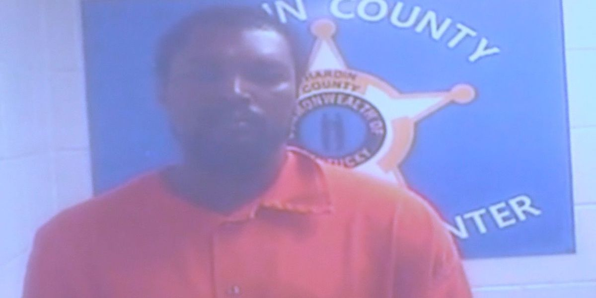 Man charged in Elizabethtown shooting deaths pleads not guilty