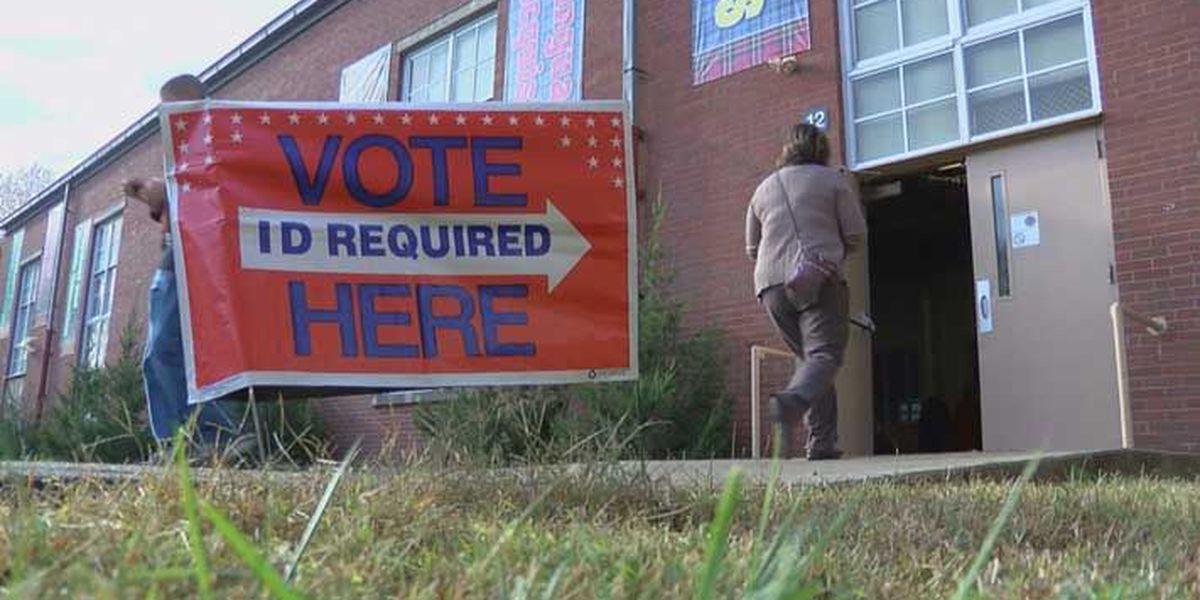 Federal judge blocks Indiana voter registration law
