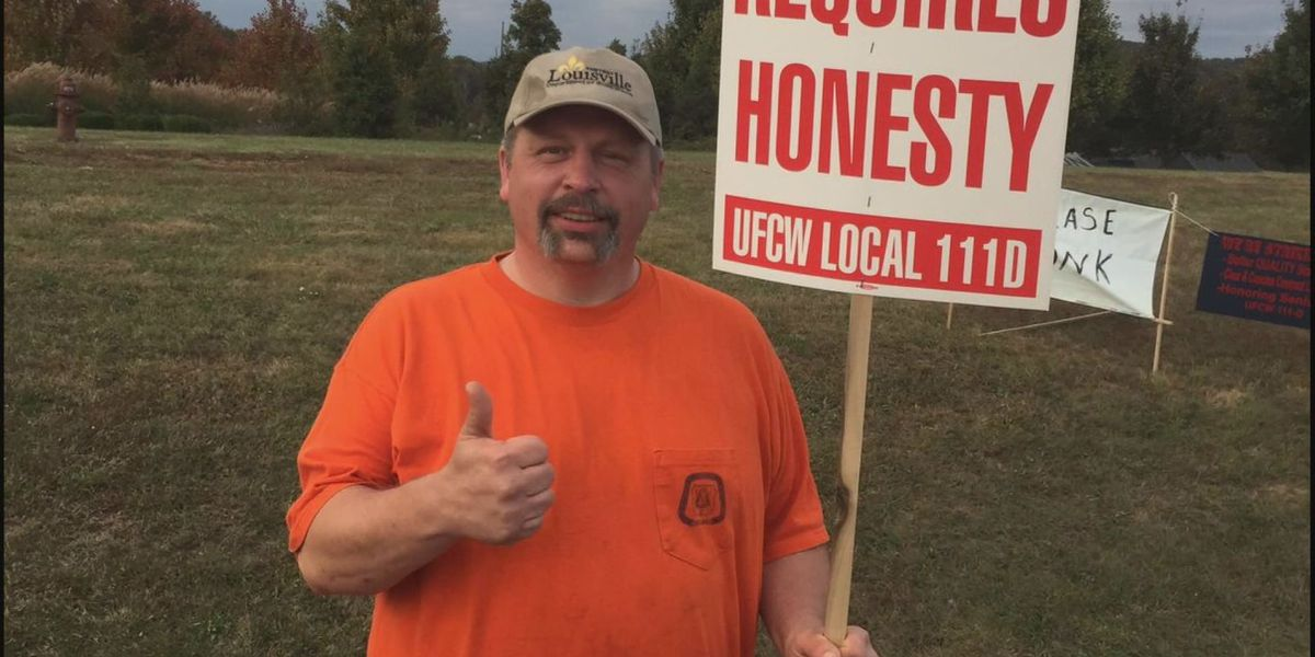 Troubled city employee returns to work - again