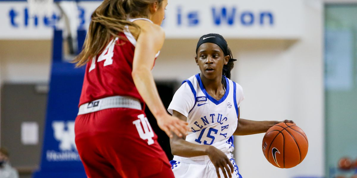 Elzy and #20 UK beat #16 Tennessee 71-56