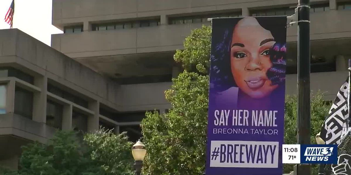 FOP president calls for city to remove Breonna Taylor banners