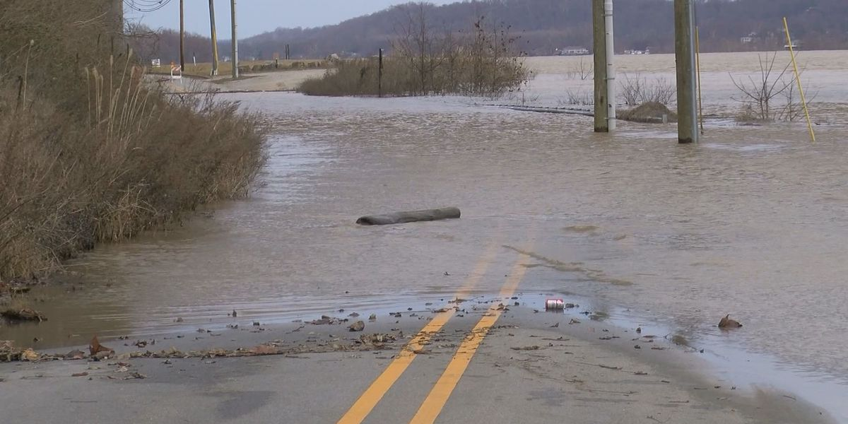 Flooding peaks in southern Indiana after Ohio River crests Thursday