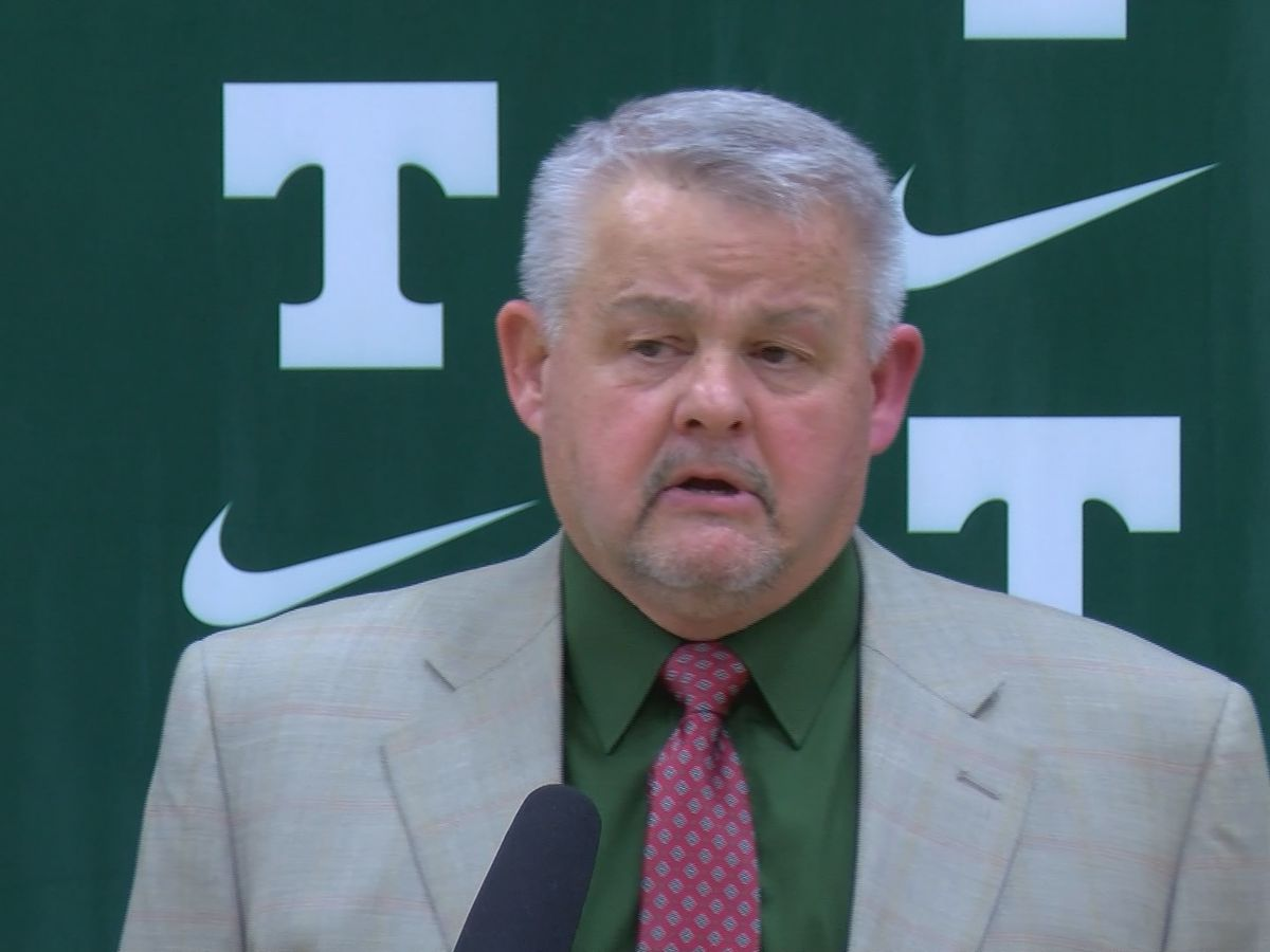 Jay Cobb is named head football coach at Trinity