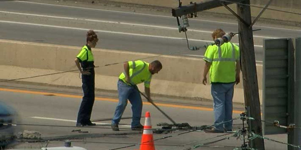 UPDATE: All lanes of I-65 NB at Broadway reopened after road hazard repaired