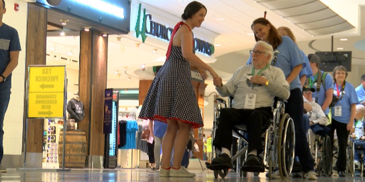 Last Honor Flight of the year leaves for Washington D.C.