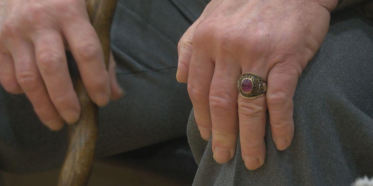 1971 Bullitt Central High School class ring returned to original owner