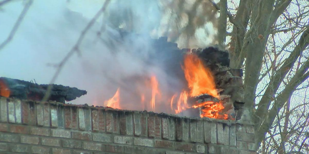 Home destroyed by fire in Floyds Knobs while family on vacation