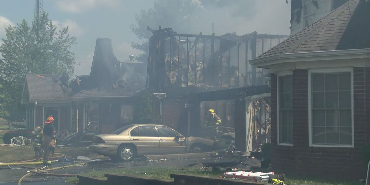 Four units damaged in patio home fire in southeast Louisville