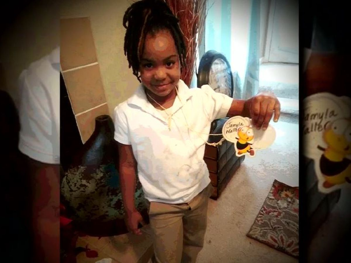 Stranger brings 6-year-old home after school bus driver kicks her off bus