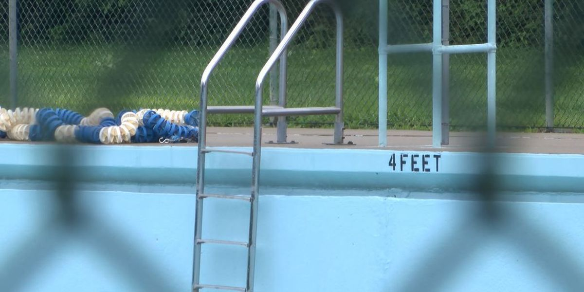 Algonquin Pool offers free swimming