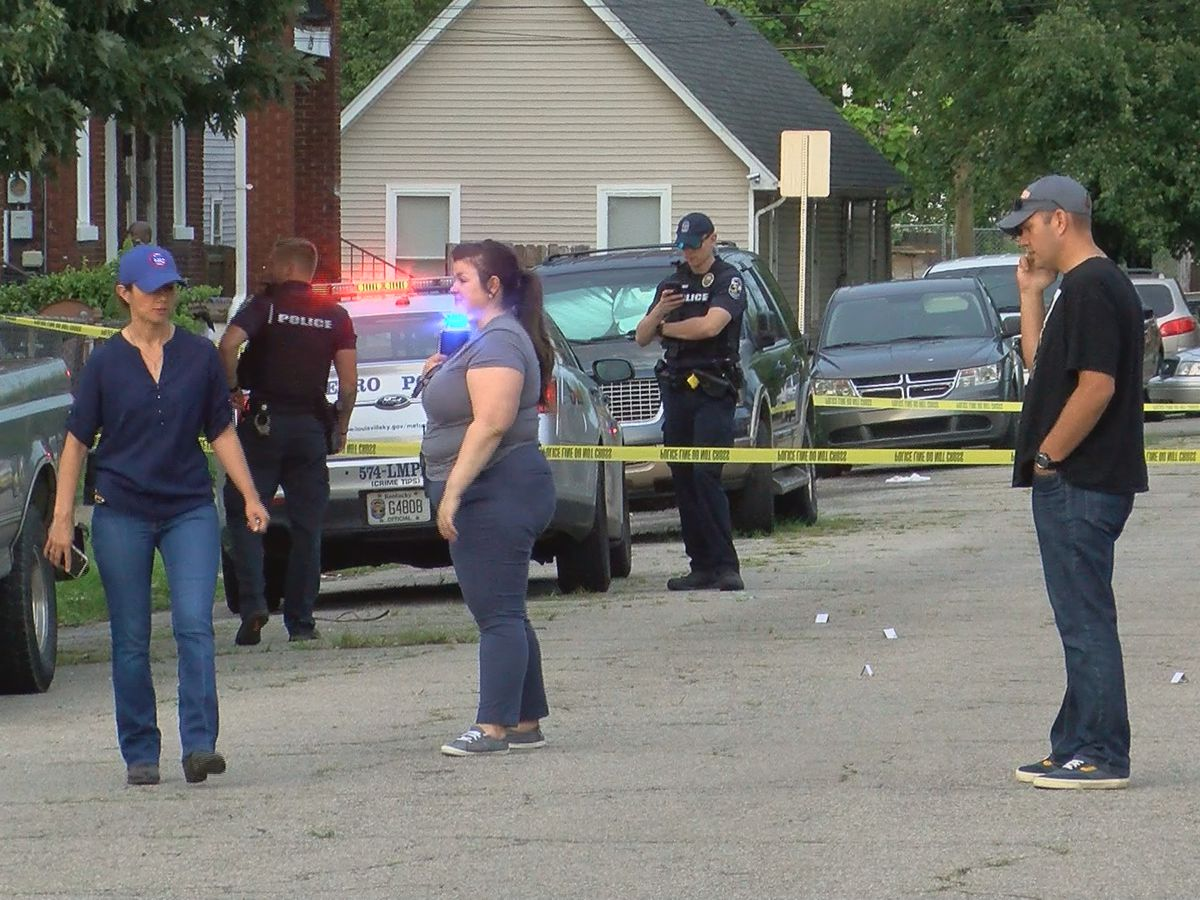 Juveniles charged in Smoketown neighborhood shooting