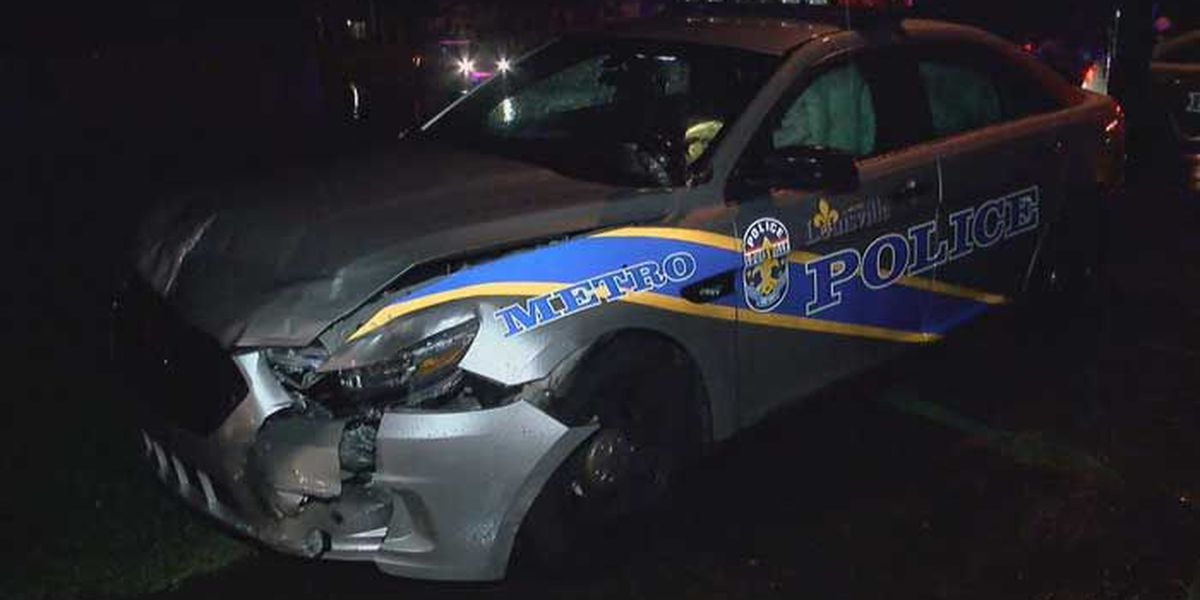 LMPD officer involved in wreck in Portland