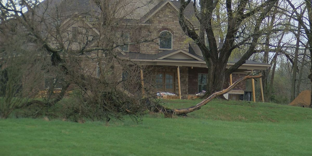 EF-1 tornado touched down in Oldham Co. Friday morning