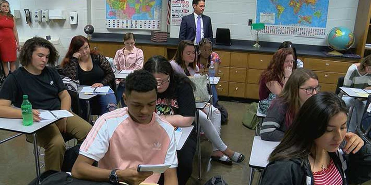 JCPS superintendent greets students going back to school