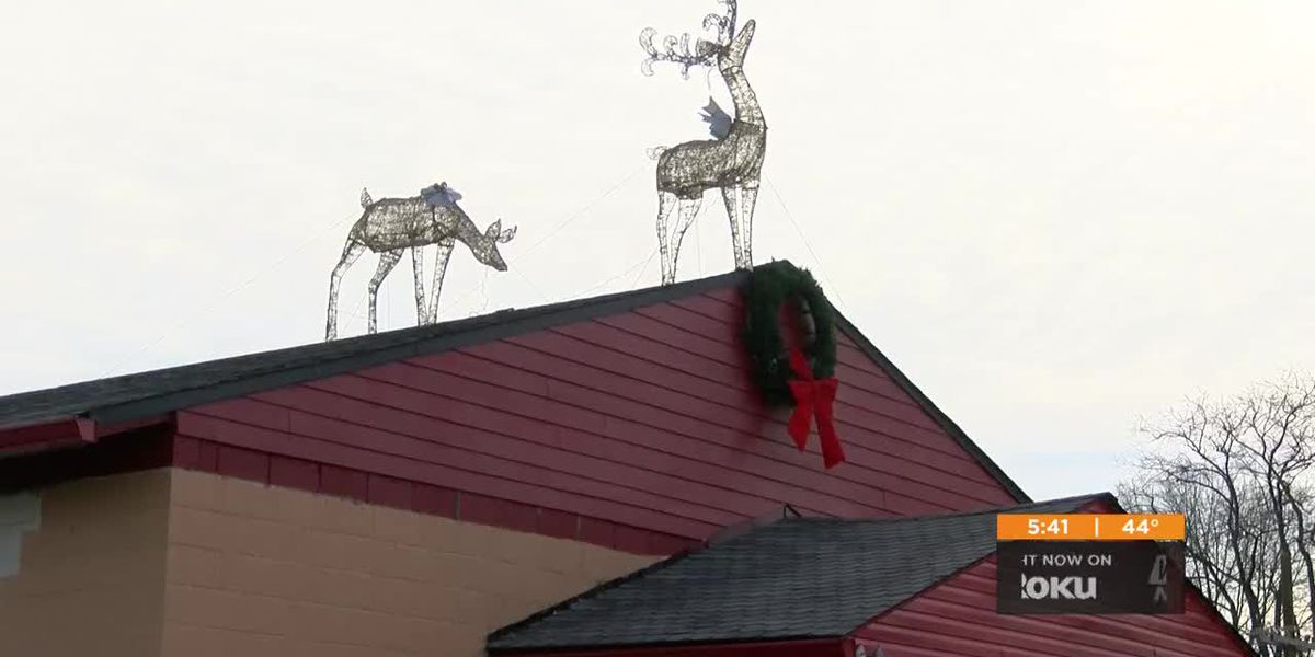 Shawnee community members create holiday light up event