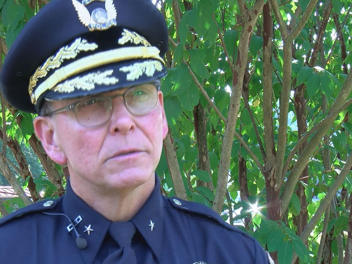 Following Conrad's comments, officers, experts consider who's responsible for morale
