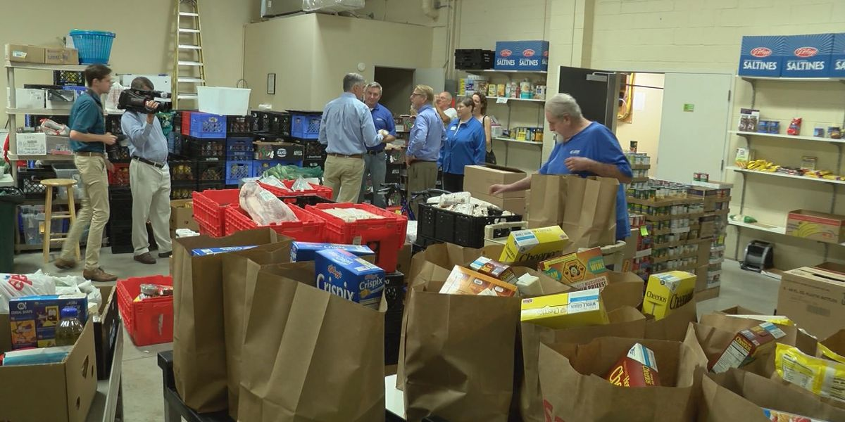 Shively Area Ministries' food bank helps feed people in the community