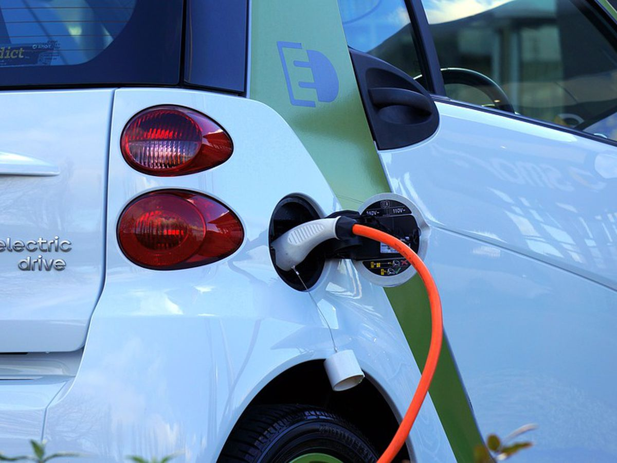 PSC: Electric car chargers in Kentucky don't need regulation