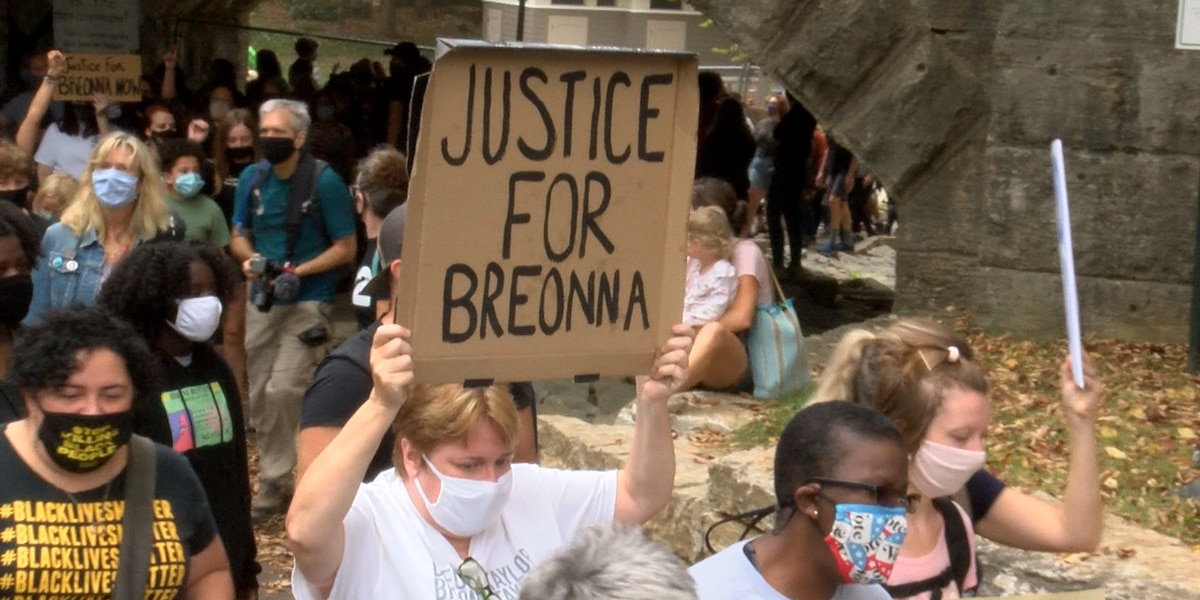 Hundreds gather at Tyler Park in March to Justice