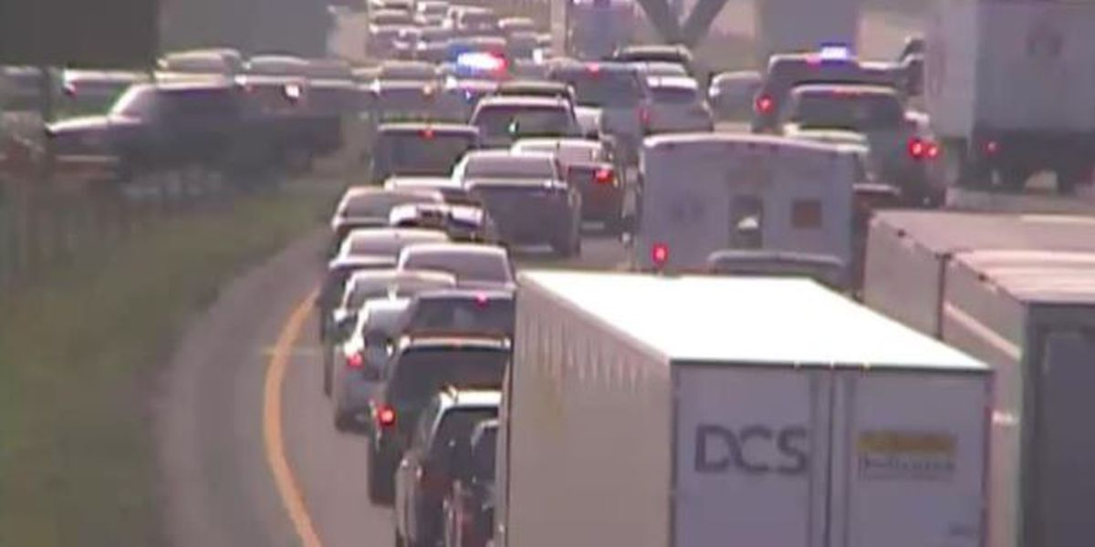 Lanes on I-64 E near Cannons Lane reopen following crash