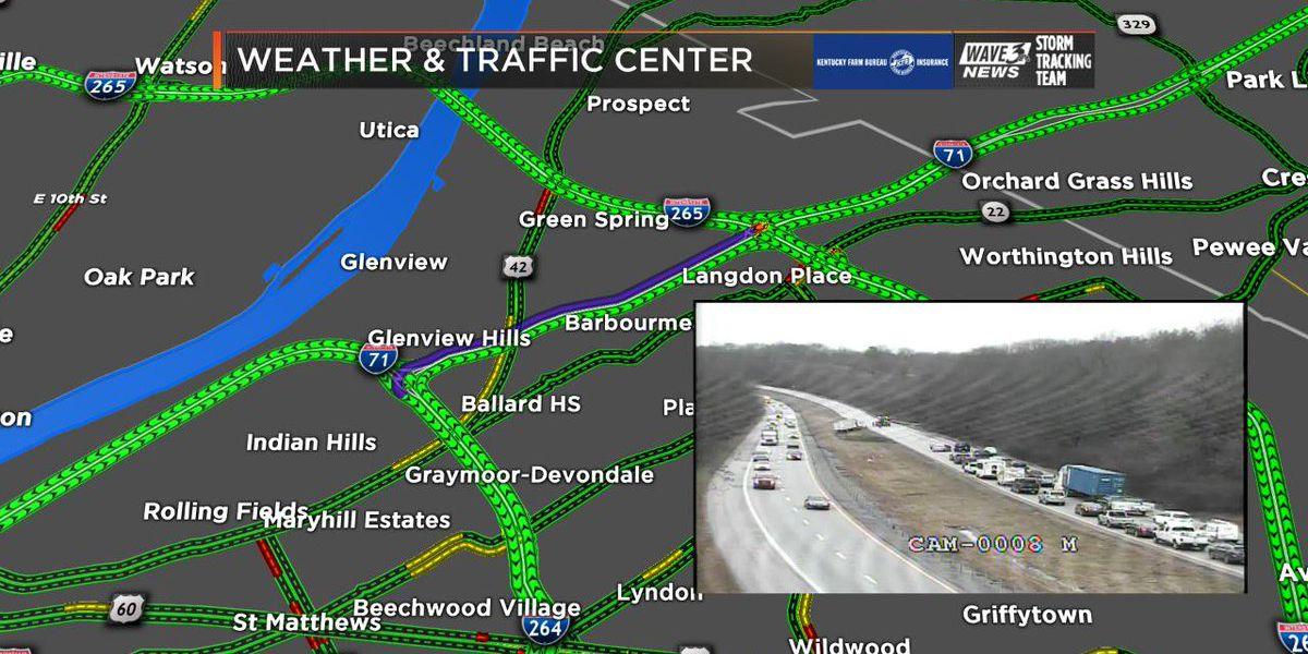 Traffic Alert: I-71 south closed at Gene Snyder due to crash